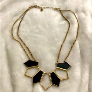 ♥️ Statement necklace in black and gold